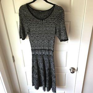 Black and Gray Print Sweater Dress